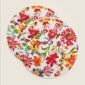 ARLEE HOME FASHIONS Harmony Round Placemats